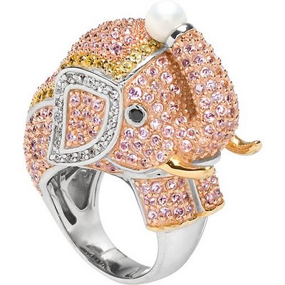 Tophatter Elephant Ring